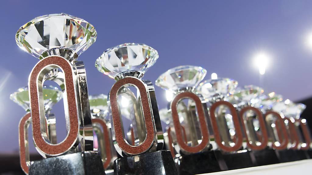 Die 32 Diamond-League-Trophäen stehen bereit.