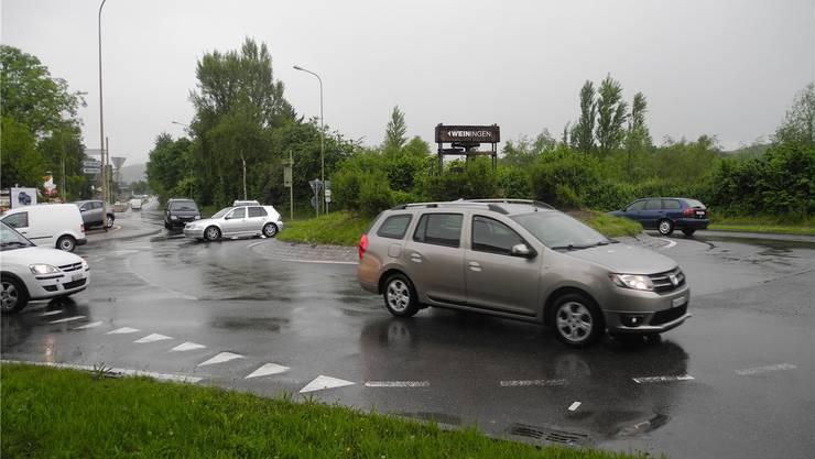 Legt der Kanton die Niederholzstrasse um in Richtung Osten, wird der Kreisel bei der Limmatbrücke obsolet.