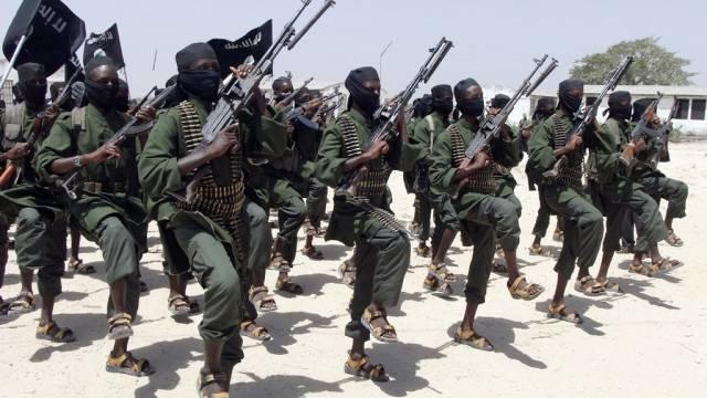 Kämpfer der Al-Shabaab-Miliz in Somalia (Archiv)