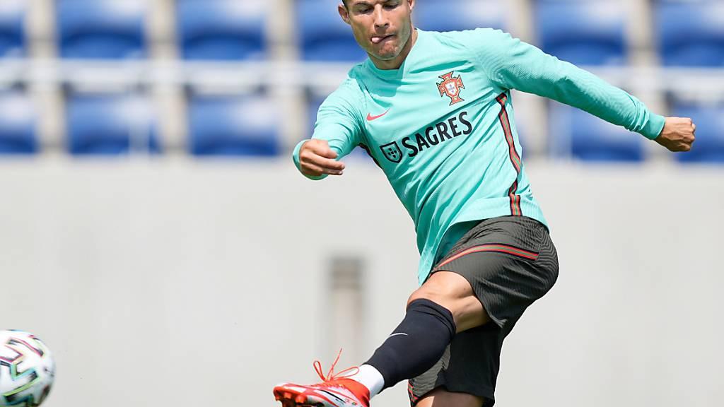 Cristiano Ronaldo noch ein Treffer, um Michel Platinis Marke von neun EM-Toren zu übertreffen