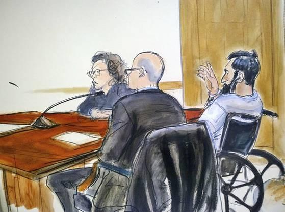 Im Rollstuhl. Attentäter Saipov bei der Anklageverlesung