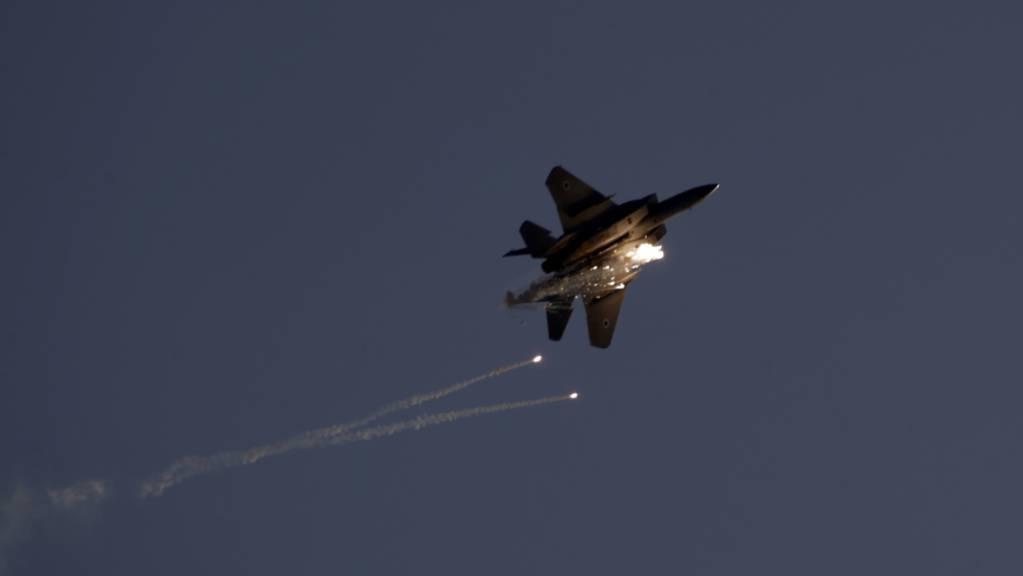 Ein Kampfflugzeug des Typs F15 der israelischen Luftwaffe. (Archivbild)
