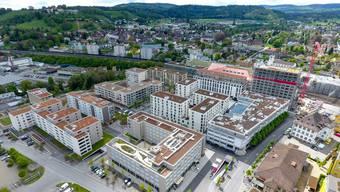 «Im Lenz» aus der Luft Zehn von zwölf Gebäuden sind fertig, gebaut wird jetzt noch «Im Fokus» und «Im Puls» an der westlichen Ecke in Richtung Bahnhof (oben rechts).