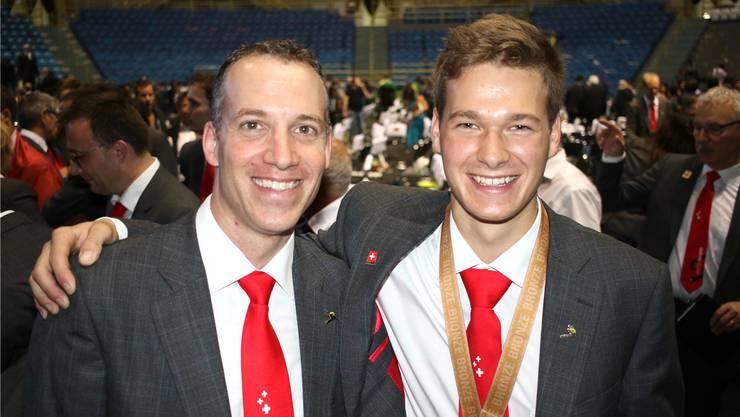 Experte Roger Dähler (l.) und Bronzemedaillengewinner Mike Brunner.