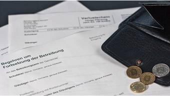 40'000 Franken kann der Schuldenberg eines Studenten wegen Prämienversäumnissen der Eltern im Extremfall betragen. (Symbolbild).