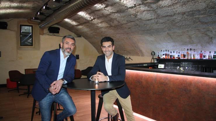 Ibrahim und Ismail Karakus haben die ehemalige Piano Bar im Gewölbekeller stilvoll umbauen lassen.