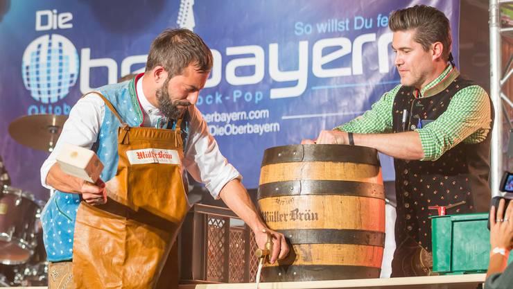 Der Zürcher Rapper Bligg eröffnete die zehnte Ausgabe des Badener Oktoberfests.