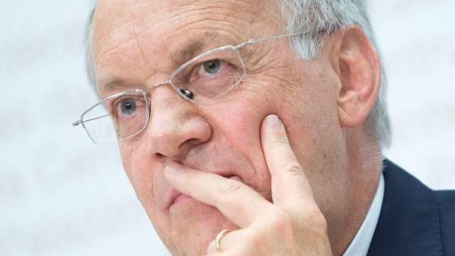 Bundesrat Johann Schneider-Ammann unterstützt den Preisbarometer. Foto: Keystone