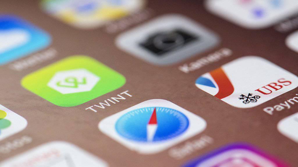 Bezahl-Apps wie Twint werden in der Schweiz noch wenig genutzt. (Symbolbild)