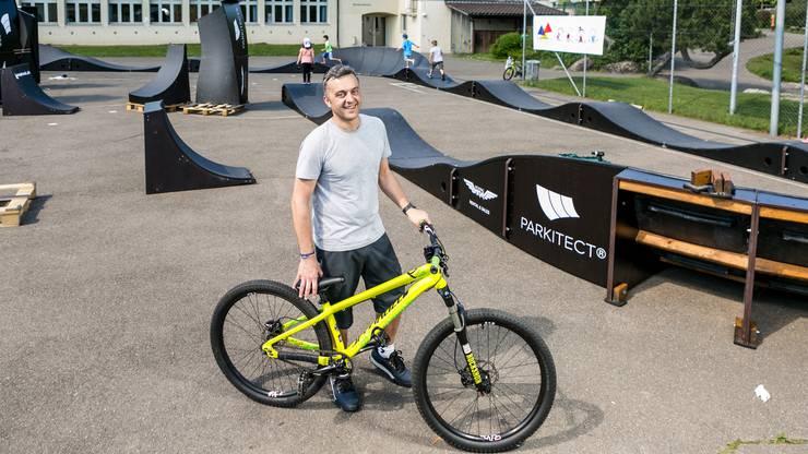 Ivan Storto ist Vorstandsmitglied des Elternforums und hat sich aktiv für die mobile Pumptrack-Anlage eingesetzt.