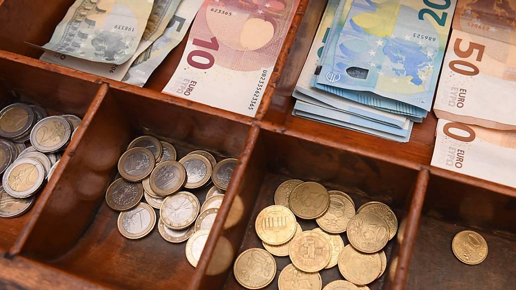Die Verschuldung spülte dem deutschen Staat innerhalb von acht Monaten über 4 Milliarden Franken Euro in die Kassen. (Symbolbild)