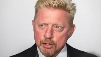Die deutsche Tennislegende Boris Becker muss die Forderung eines ehemaligen Geschäftspartners über 40 Millionen Franken nicht begleichen. Das hat das Kantonsgericht Zug entschieden. Gleichzeitig läuft ein Insolvenzverfahren gegen Becker in London. (Archivbild)