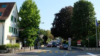 Rechts das Ortsmuseum, in der Mitte die Poststrasse: Weiter oben links befindet sich das ehemalige Madag-Areal.