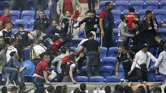 Sowohl Besiktas wie auch Lyon werden für das unrühmliche Verhalten ihrer Fans von der UEFA bestraft