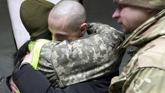 Ein ukrainischer Gefangener, nachdem er von prorussischen Separatisten freigelassen wurde.