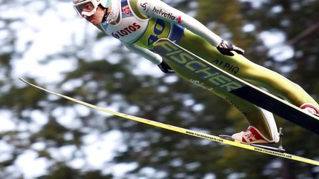 Simon Ammann verpasst in Wisla einen Top-Ten-Platz.