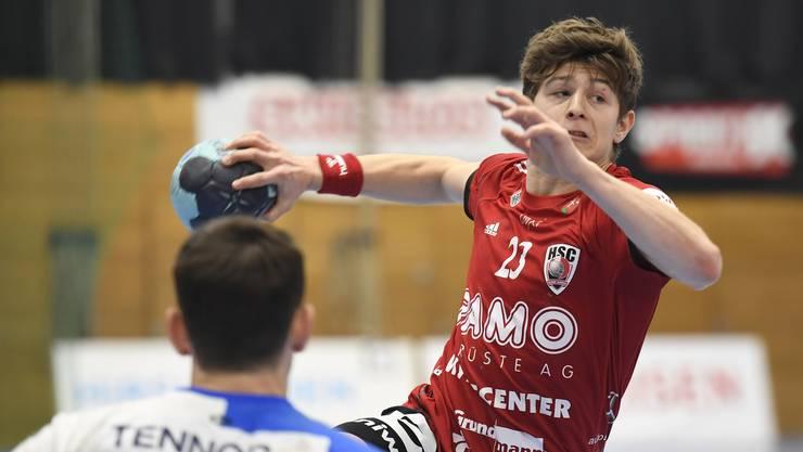Dylan Brandt gab nach langer Verletzungspause beim 26:21-Heimsieg gegen Kriens-Luzern sein Comeback im HSC-Trikot.