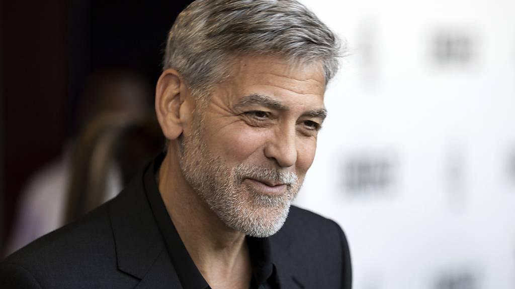 Der US-Filmstar George Clooney gründet zusammen mit Schauspiel-Kollegen eine Filmakademie für Jugendliche. (Archivbild)