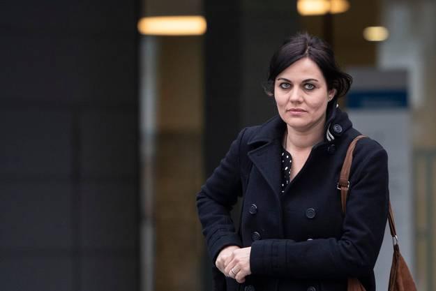 Jolanda Spiess-Hegglin auf dem Weg zum Zuger Kantonsgericht.