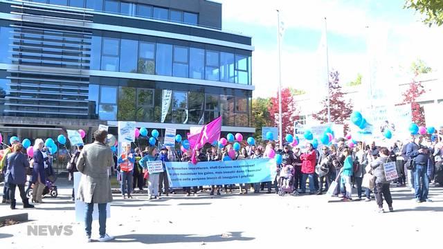 Unia-Protest gegen Senevita-Arbeitsbedingungen