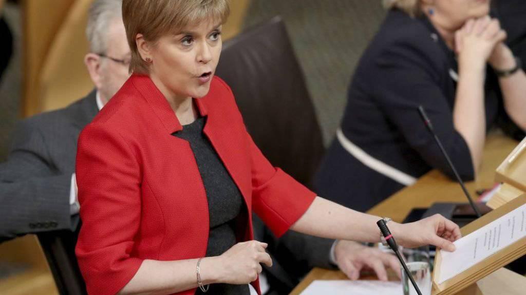 Nicola Sturgeon am Dienstag im Parlament in Edinburgh.