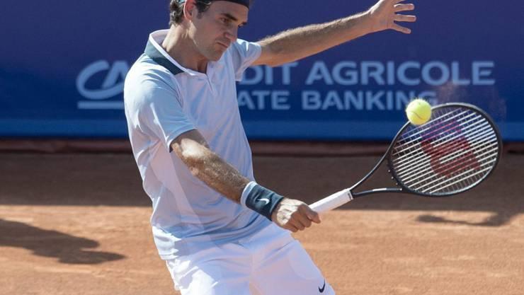 Roger Federer und Co. haben dem Tennissport in der Schweiz zu einem Boom verholfen - der stationäre Fachhandel spürt davon aber wenig.