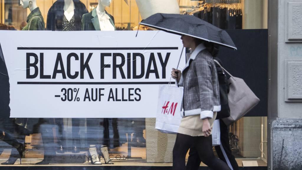 Der Black Friday dürfte vor allem den Internet-Händlern noch zusätzlichen Schwung verleihen. (Symbolbild)