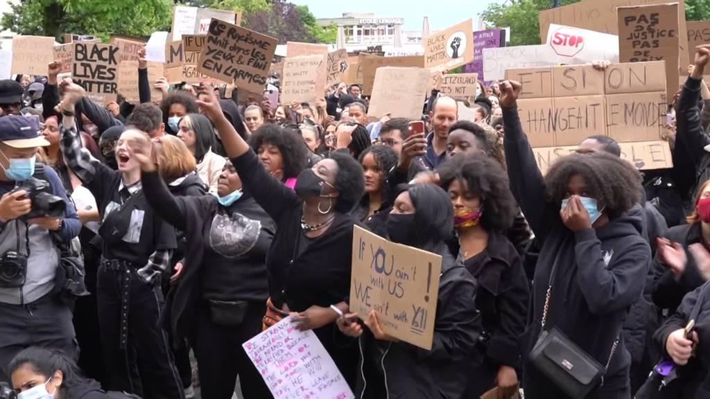 Über 2'000 Menschen an Black-Lives-Matter-Demo in Lausanne