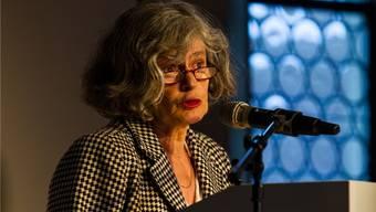 Elisabeth Joris ist frei schaffende Historikerin, Feministin, Aktivistin und Mitbegründerin des Vereins Klimaseniorinnen