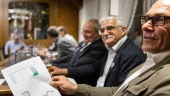 Die Gemeindeversammlungen haben einen Entscheid zur Gemeindefusion Rheintal plus gegeben. 9 von 10 Gemeinden im Zurzibiet haben Ja gestimmt. Pressekonferenz nach den Versammlungen im Restaurant Kreuz in Kaiserstuhl mit allen beteiligten Gemeindeammännern. Aufgenommen am 23. Mai 2019.