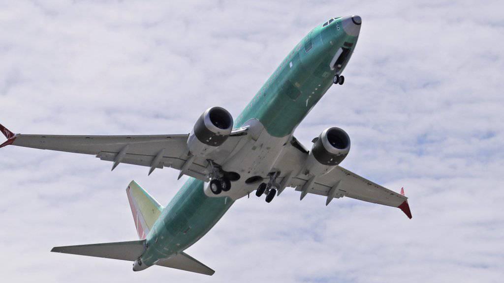 Eine Boeing-Maschine des Typs 737 Max 8 bei einem Testflug im Mai in Renton im US-Bundesstaat Washington. (Archivbild)