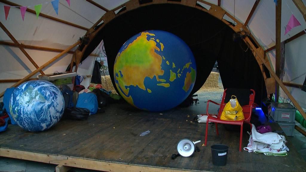 «Saupack!», «kontraproduktiv», «sorgt für Diskussion»: Haben sich Klima-Aktivisten Sympathien verspielt?