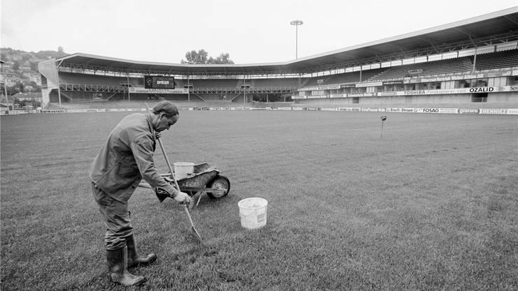 Im August 1986 stand das Stadion Hardturm noch: Heute liegt das Gelände brach – fünf Investoren-Teams könnten sich einen Neubau vorstellen. Keystone/Archiv