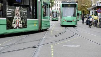 Bild der Woche zur Totalsperrung des Steinenberg wegen Gleisarbeiten. BVB Tram Baustelle