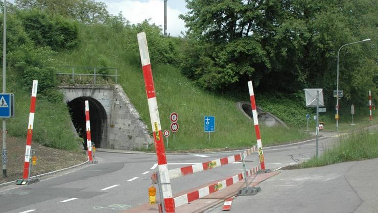 Beschilderung beim Tunnel Uitikonerstrasse