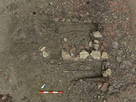 Frühmittelalterliche Gräber im Areal der römischen Villa von Oensingen.