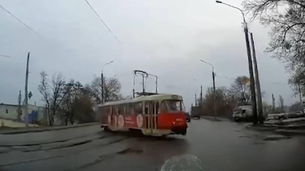 Driftende Trams in der Ukraine:  In dieser Stadt ist Vorsicht im Strassenverkehr geboten!