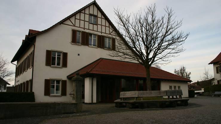 Schon bald soll das Amt des Aescher Gemeindeschreibers neu besetzt werden.