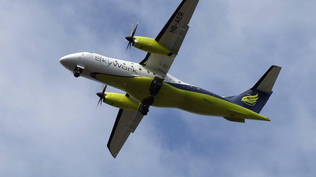Laut der Berner Fluggesellschaft SkyWork steht die Wiederaufnahme des Flugbetriebes kurz bevor. (Archiv)