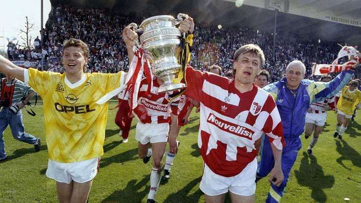Das erste Mal in Farbe: Spieler des FC Sion feiern den Cupsieg 1991.