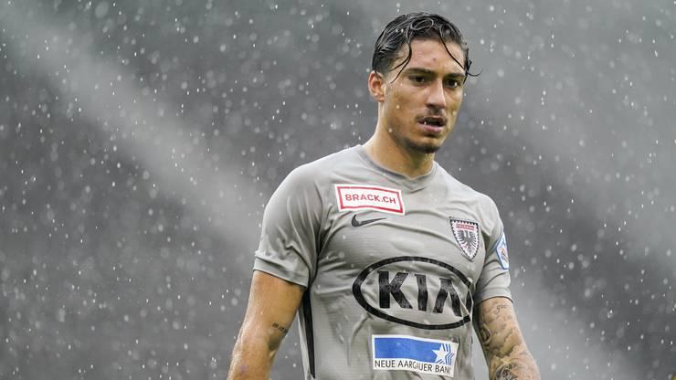 Kevin Spadanuda bringt den FC Aarau in Führung.