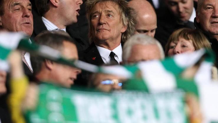 Rod Stewart am Champions League Spiel Celtic-Barcelona