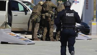 Der Täter wurde bei einer Tankstelle im Ort Enfield von der Polizei gestellt und getötet. (Archivbild)