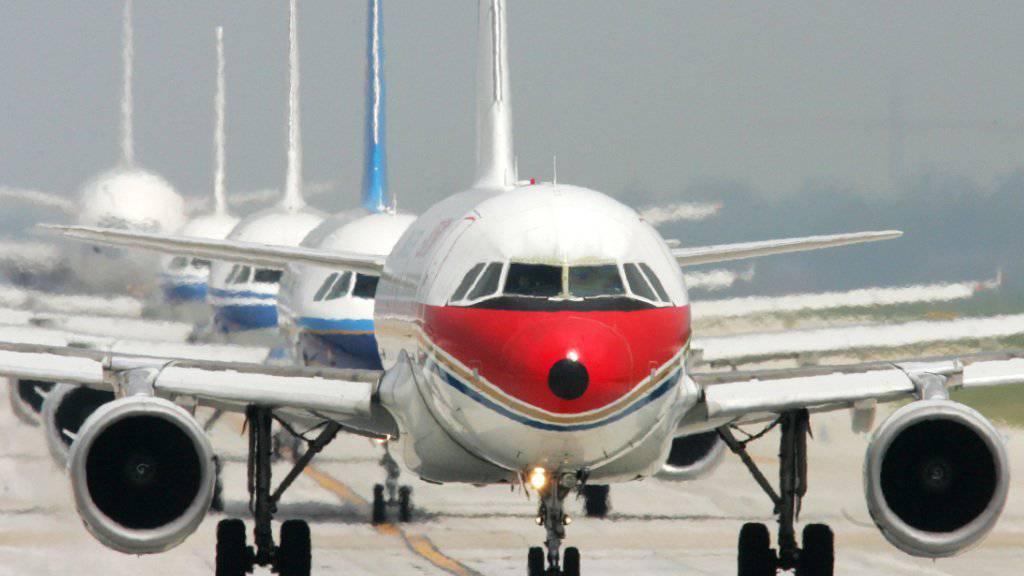 Nach Berechnungen der IATA werden in zwanzig Jahren weltweit fast doppelt so viele Flugpassagiere unterwegs sein. China dürfte in fünf Jahren der weltgrösste Luftfahrtmarkt werden. (Archiv)
