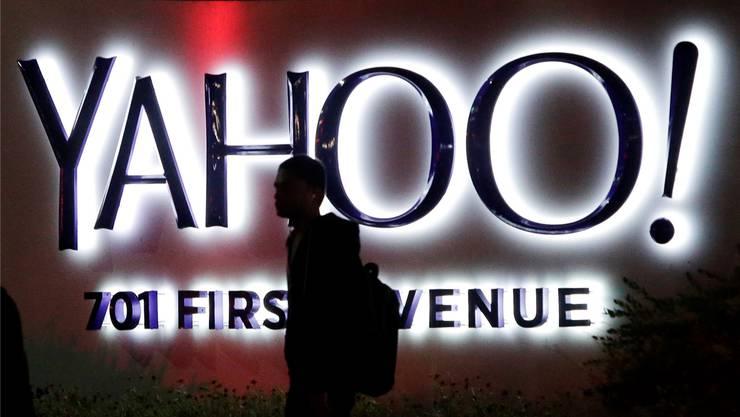 Zwei Jahre lang blieb unbemerkt, dass Hacker in die Netzwerke von Yahoo eingedrungen sind. Marcio Jose Sanchez/AP/Keystone