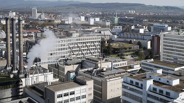 Die Schweizer Wirtschaft dürfte im laufenden Jahr gemäss den Raiffeisen-Ökonomen etwas langsamer wachsen. (Archivbild)