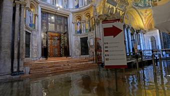 Das Hochwasser in Venedig hat im Markusdom Schäden im Umfang von drei Millionen Euro hinterlassen.