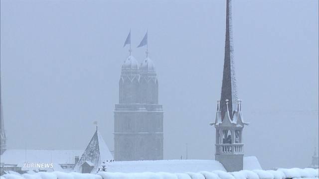 Schnee ist in Zürich angekommen