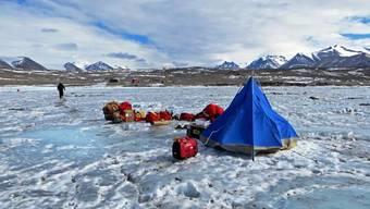 Forscher in der Antarktis im Einsatz