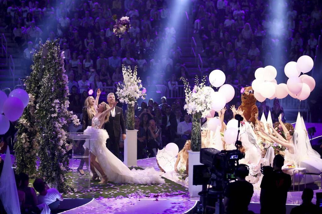 Theresia heiratete während der Sendung. (© Getty Images)